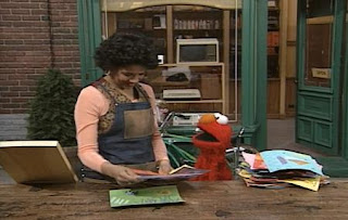 Elmo expresses to prepare for the Monster Art Show and needs Maria's help. Sesame Street The Best of Elmo