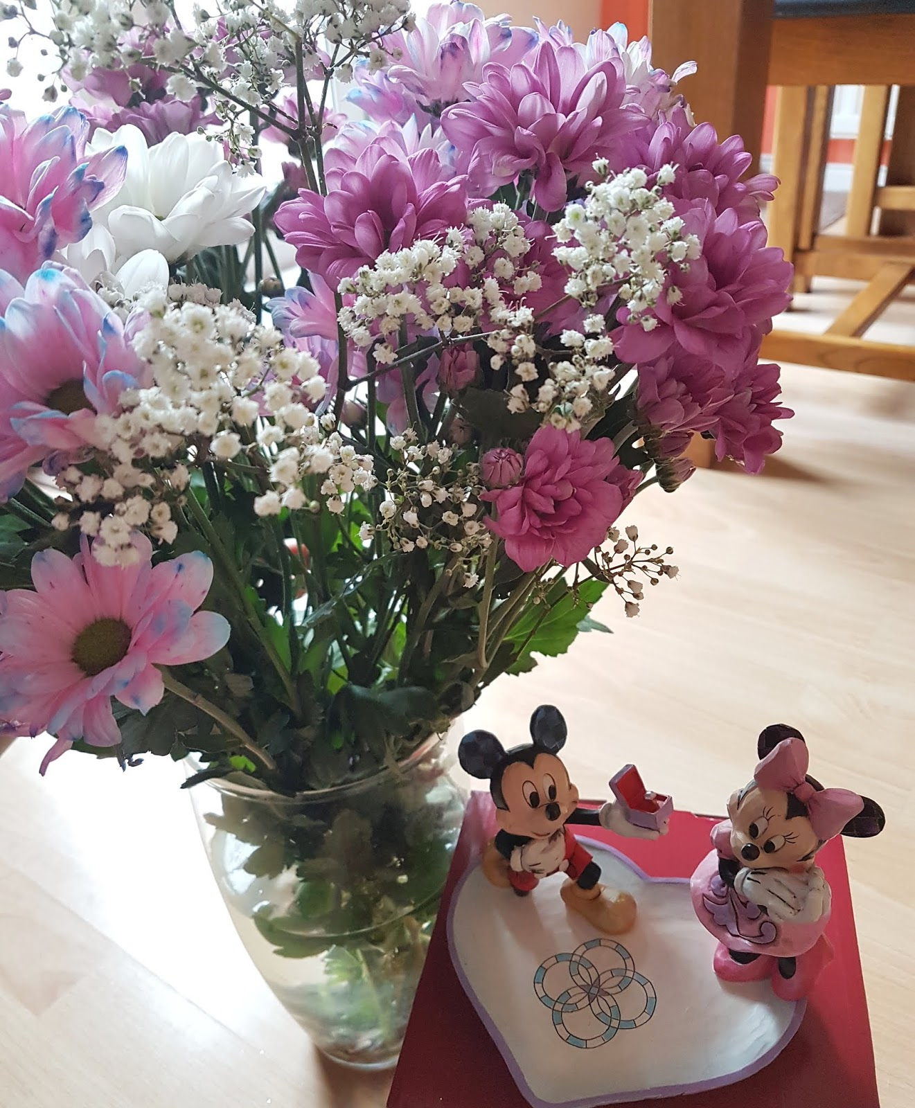 Curtislifestylefo beautiful flowers and a mickey and minnie disney traditions figurine so i love the sentiment behind this figurine izmirmasajfo