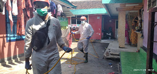 PMI Jember Sterilisasi 36 Lingkungan RW di Kelurahan Jember Kidul