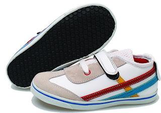 Sepatu Anak Laki-Laki Pakai Perekat BLG 778