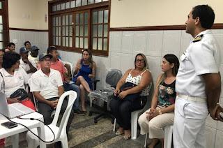 http://vnoticia.com.br/noticia/4123-reuniao-debate-criacao-de-plano-de-mobilizacao-para-atuar-caso-oleo-chega-as-praias-de-sfi