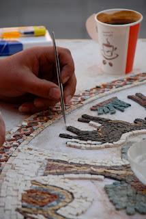 La photo du mois #1 - Les mains au travail
