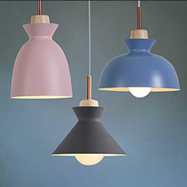 Chọn đèn trang trí cho trần nhà bằng gỗ