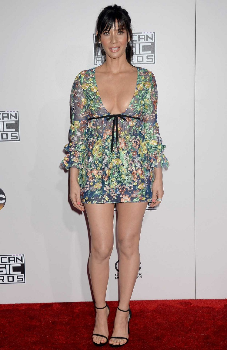 Olivia Munn – 2016 American Music Awards in Los Angeles