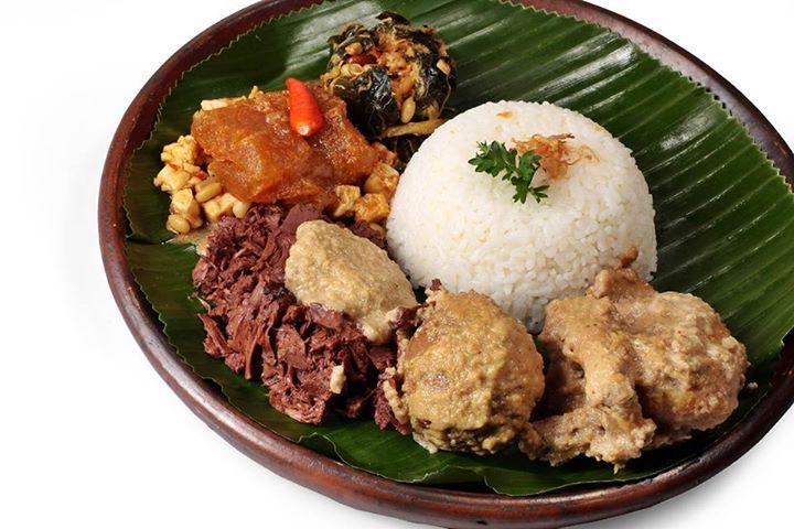 Makanan Khas Gudeg Jogja Gudeg Yogyakarta Paling Enak Outing