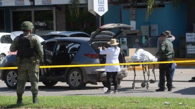 Madre llora MUERTE de su hijo ENCAJUELADO durante BALACERAS en Sinaloa