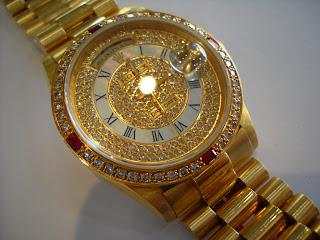 arti mimpi memakai jam tangan, arti mimpi dapat jam tangan, arti mimpi dikasih jam tangan arti mimpi diberi jam tangan, arti mimpi jam tangan hancur, arti mimpi jam tangan putus, arti mimpi jam tangan pecah, arti mimpi jam tangan hilang, arti mimpi jam tangan rusak,