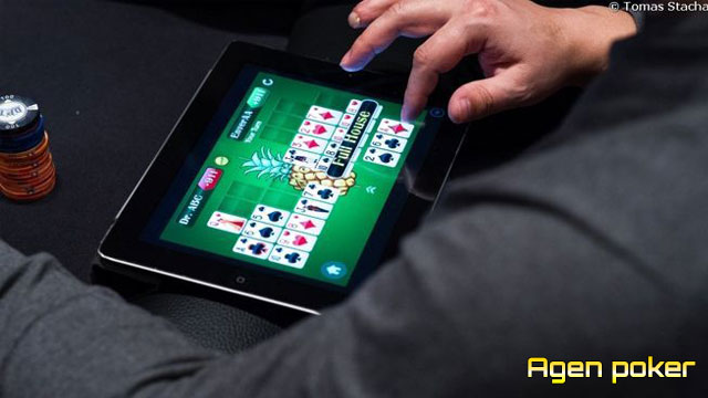 Cara Bermain Splits - Game Poker Pilihan Dealer