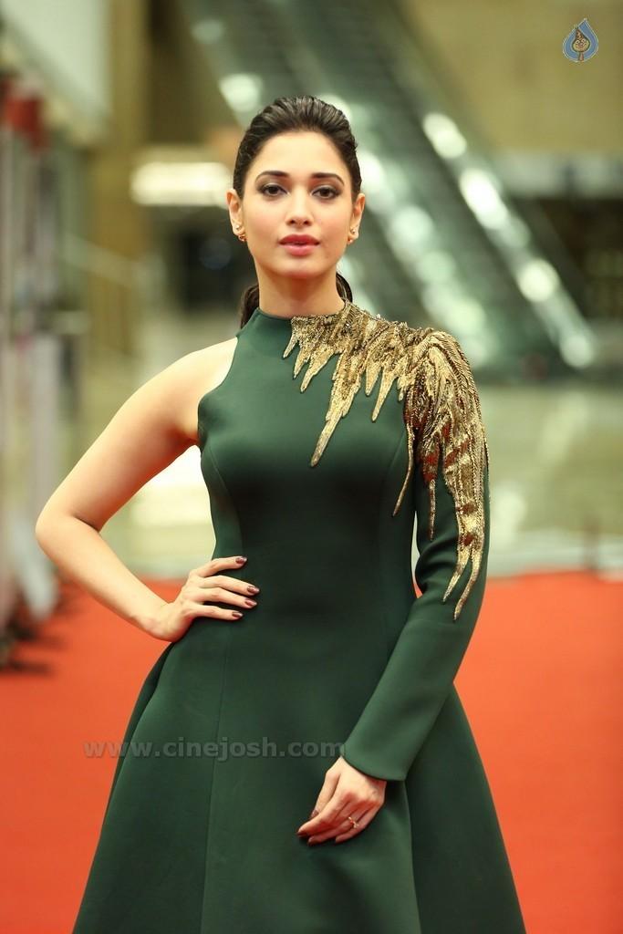 tamanna bhatia latest glamour