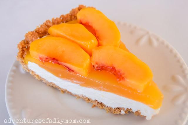 peach pie with graham cracker crust