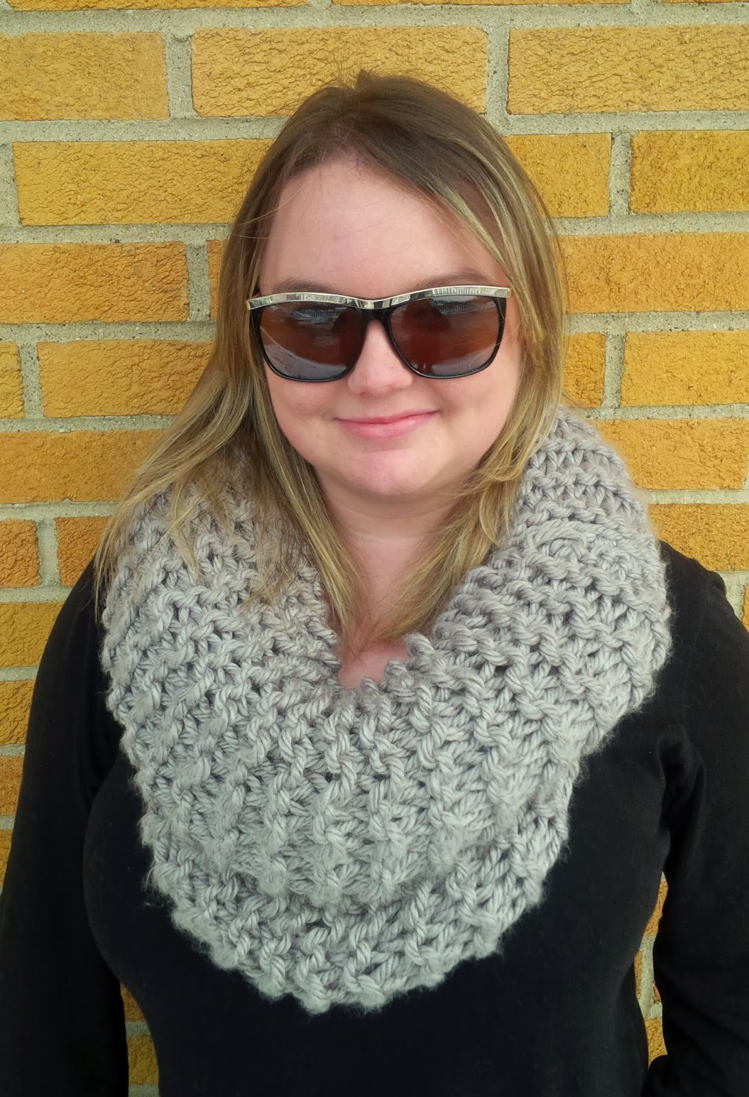Homespun Luxe: Super Bulky Dropped Stitch Cowl