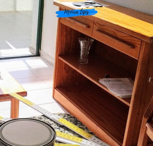 pittura per legno mobili