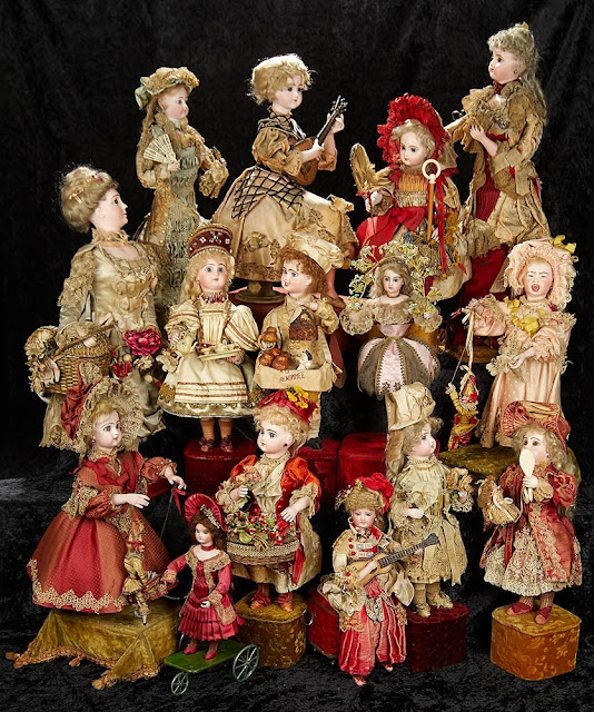 A sample of over 400 Dolls and Automata from the collection of mysterious heiress, Huguette Clark, to be auctioned by Theriault's