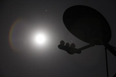 10 Penyebab Kualitas Sinyal TV Parabola Lemah