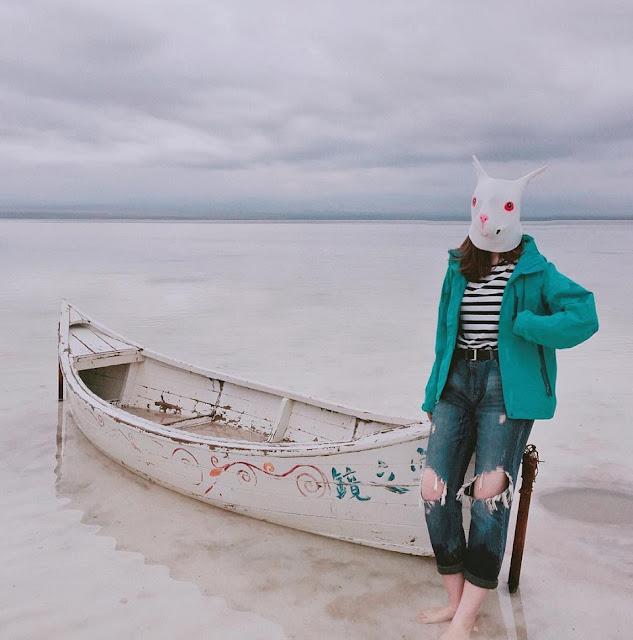 Trải nghiệm bơi lội tại hồ muối
