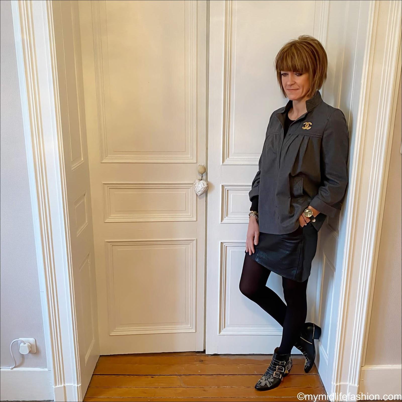 my midlife fashion, Isabel Marant Etoile wool overshirt, Marks and Spencer long sleeve crew neck t-shirt, Marks and Spencer leather a line mini skirt, Chloe Susanna ankle boots, vintage Chanel brooch