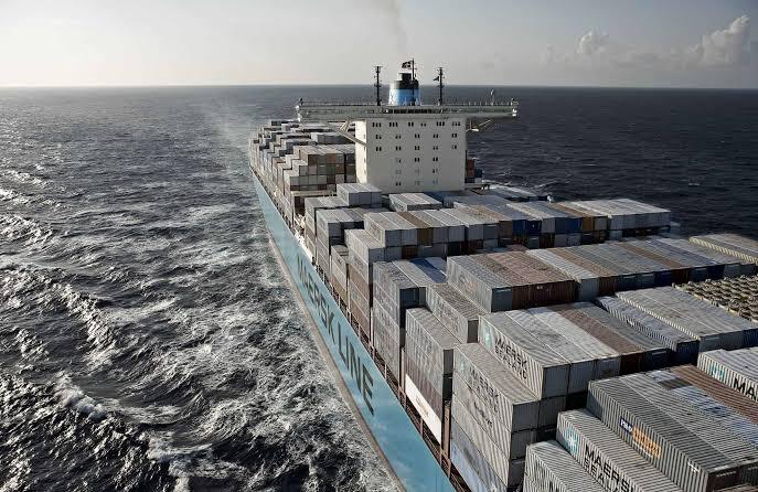 750 contenedores caen del buque de Maersk durante otra tormenta en el Pacífico
