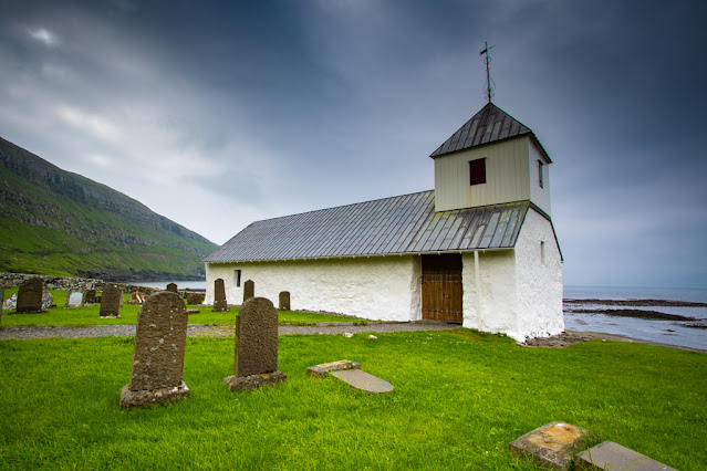 Kirkjubøur-Olavskirkjan church-Chiesa di Sant'Olaf