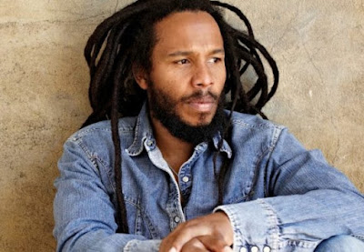 Ziggy Marley é homenageado em Los Angeles por defender a paz e se posicionar contra boicote a Israel