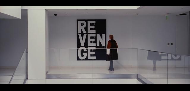 Le tableau Revenge (Vengeance) exposé dans la galerie d'art de Susan painting nocturnal animals