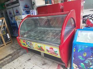 Sửa chửa tủ đông trưng bày kem tại Huế