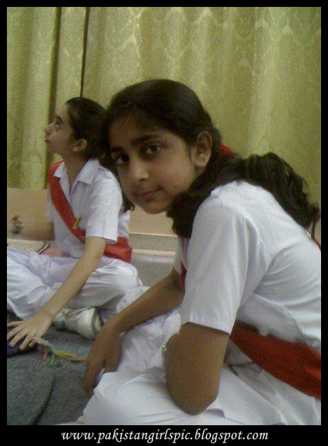 Pakistani Girls Pictures Gallery Desi School Girl Photos-3967