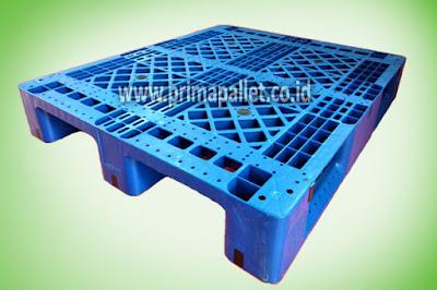 Pallet Plastik ES 1210, Plastik HDPE Murah Bisa Racking