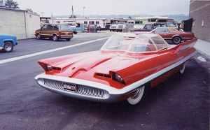 We Love Lincoln S Past Present And Future 1955 Lincoln Futura