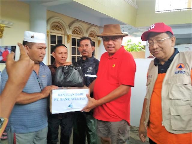 Bank SulutGo Bantu Korban Banjir