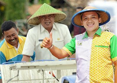 Ridho-Bachtiar Pelopori Distribusi Pupuk Online di Indonesia