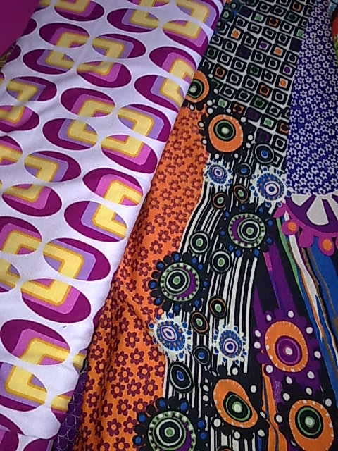 7e338ebad4a2df Koop 1 m tricot stof in een lekker zomers printje.