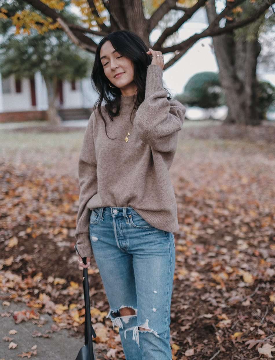 laura mercier translucent glow powder and illuminating tinted moisturizer | easy casual fall outfits to try now