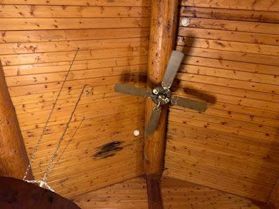 天井のサーキュレーター