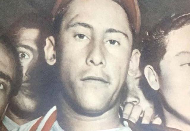 Las efemérides deportivas más importantes para el deporte en Venezuela  💥 El 14 de febrero de 1916, nace en Caracas, Valentín Arévalo, considerado uno de los mejores lanzadores criollos de su época. Arévalo jugó 15 años en la LVBP (1946-1960) con los equipos Cervecería Caracas, Venezuela, Magallanes, Pampero y Oriente.  🥊 En 1951, el caraqueño Oscar Calles noquea a su compatriota Fidel García en el 4to asalto en pelea de categoría pluma celebrada en Caracas. Calles iniciaba así su camino a convertirse en uno de los boxeadores más idolatrados por la afición venezolana.  🎾 En 1946, se inaugura en Caracas, el Altamira Tennis Club.  🐣 En 1947, nace en Caracas, el infielder Gustavo Spósito, símbolo de las Águilas del Zulia en los años 70. Spósito jugó 18 temporadas en la LVBP (1966-1983), 13 de ellas con los rapaces, dos con Magallanes, una con Llaneros y una con los Tigres.