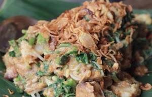 Lotek Cihapit Mrs Siti Culinary Bandung