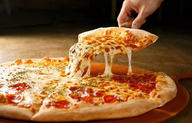 Robot ini bisa membuat 300 Pizza dalam Satu Jam