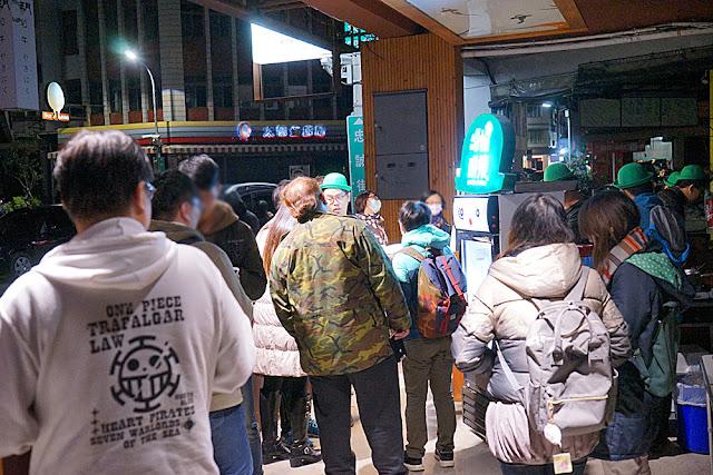 DSC09430 - 台中深夜食堂│深夜戴綠帽吃燒餅,綠帽燒餅試賣期間只到31號跨年夜,元旦就會先停售做修正(已歇業