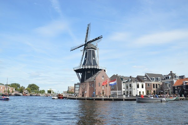 Kincir angin di Haarlem