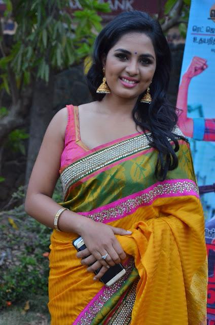 Telugu Chubby Aunties