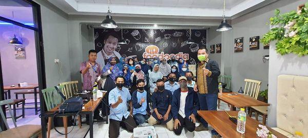 Hangout bersama Central Elektro Bengkulu, Rajanya AC Daikin Sumatera, Di FoodPedia Bengkulu Bukan Tokopedia Yaa