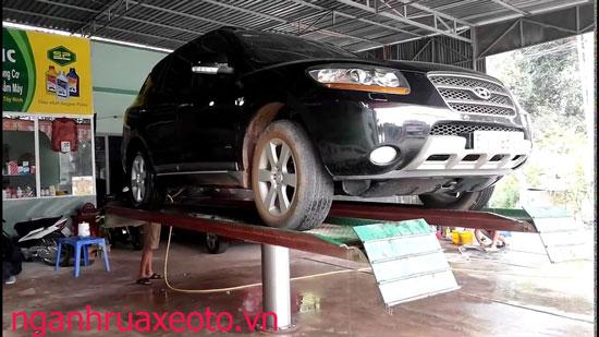 dịch vụ rửa xe ô tô chuyên nghiệp