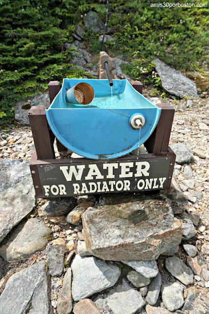 Agua para el Radiador en la Carretera a la Cima de Mount Washington