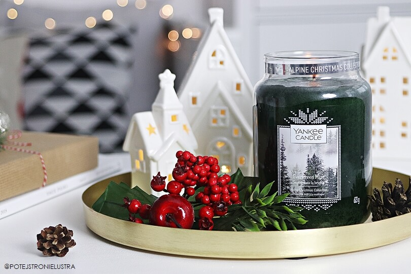 świeca yankee candle evergreen mist