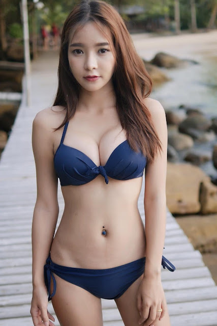Hot and sexy big boobs photos of cute busty asian hottie chick Thai booty model Cheer Chanisara photo highlights on Pinays Finest Sexy Nude Photo Collection site.