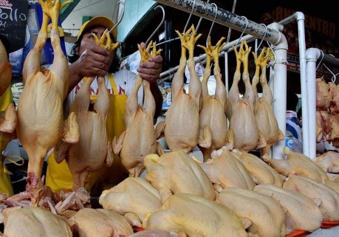 Se elevan precios de alimentos y combustibles