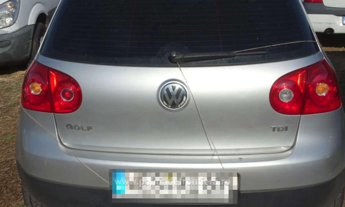 Auto căutat de autoritățile din Germania, depistat la P.T.F. Calafat