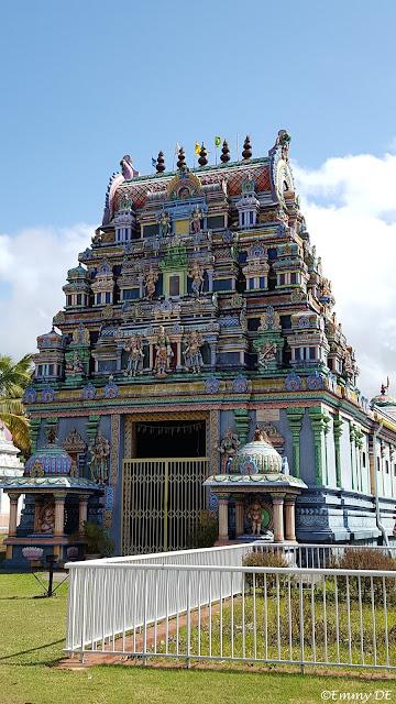 Hindu temple Sainte-André ~ Réunion by ©Emmy DE