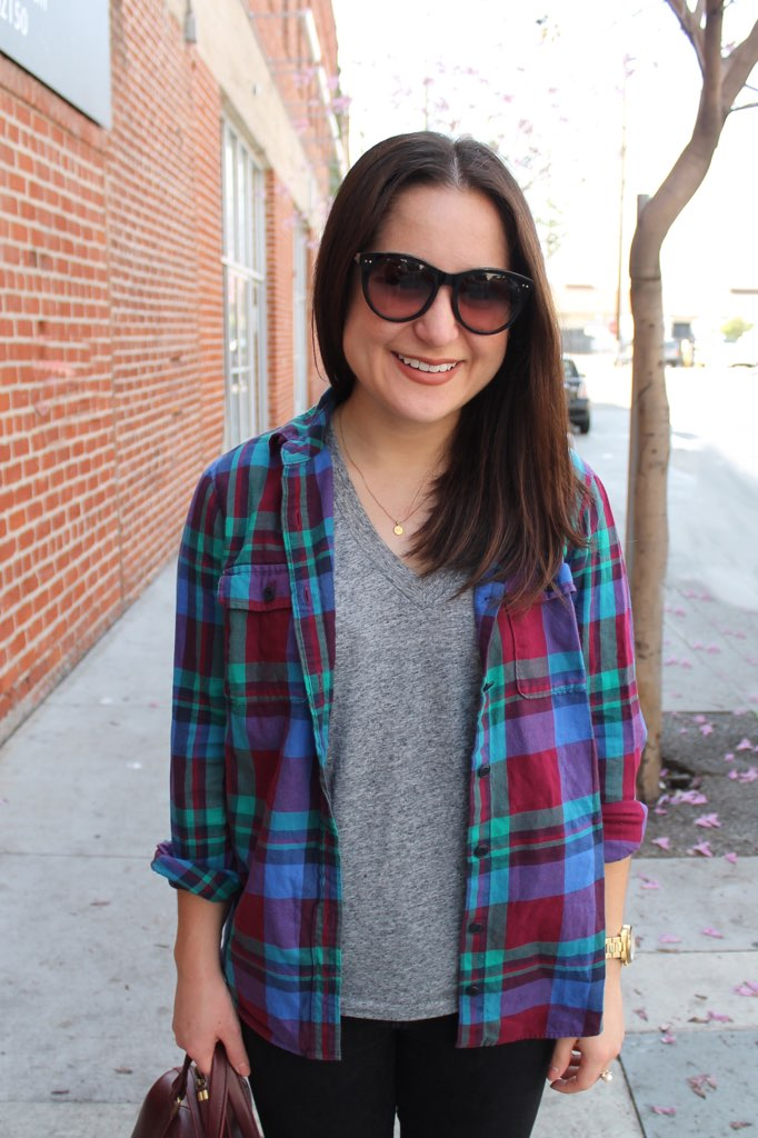 plaid shirt spring outfit idea