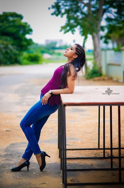 Anchor Rashmi Gautam Latest Hot Stills in Jeans Actress Trend