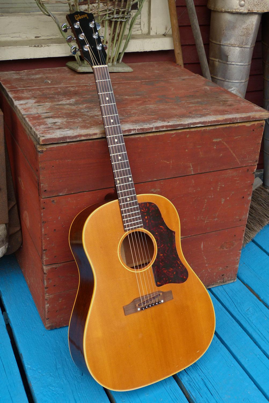 jake wildwood 1962 gibson j 50 slope dreadnought guitar. Black Bedroom Furniture Sets. Home Design Ideas
